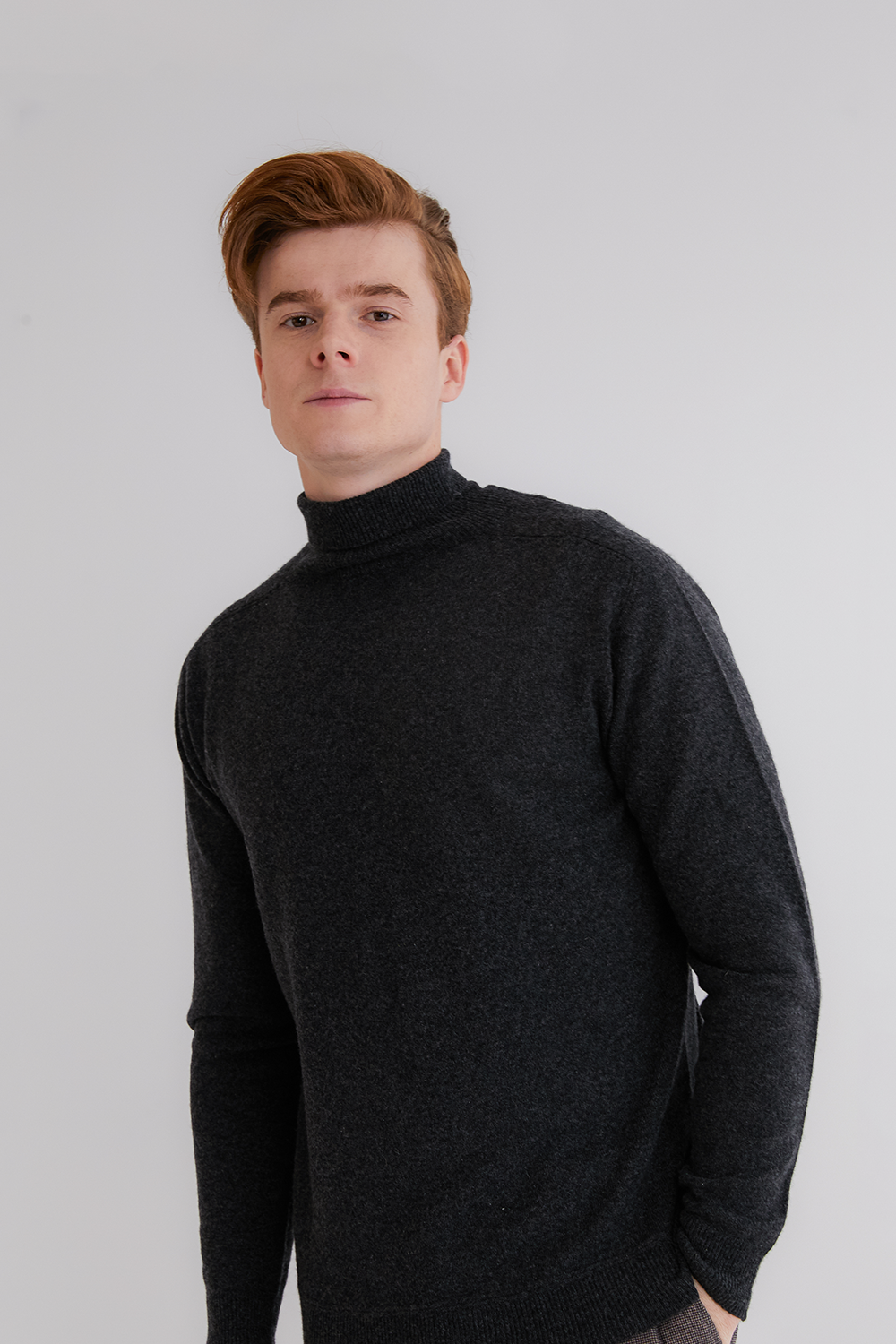 프리미엄 캐시미어 100 남성 스웨터 [Pure cashmere100 turtleneck sweater by whole-garment knitting - Charcoal black]