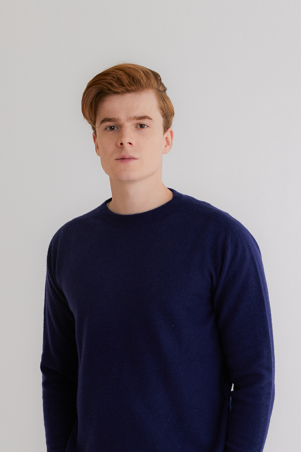 프리미엄 캐시미어 100 남성 라운드넥 스웨터 [Pure cashmere100 whole-garment knitting roundneck pullover - Royal blue navy]