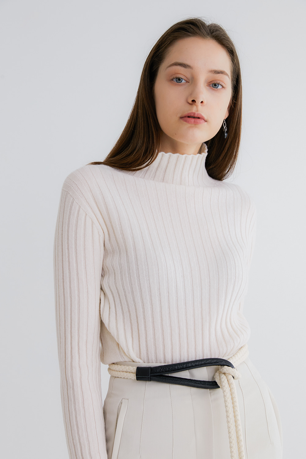 프리미엄 캐시미어 100 골지 스웨터 [Pure cashmere100 ribbed soft-touch sweater by whole-garment knitting - Pearl Ivory][재입고]