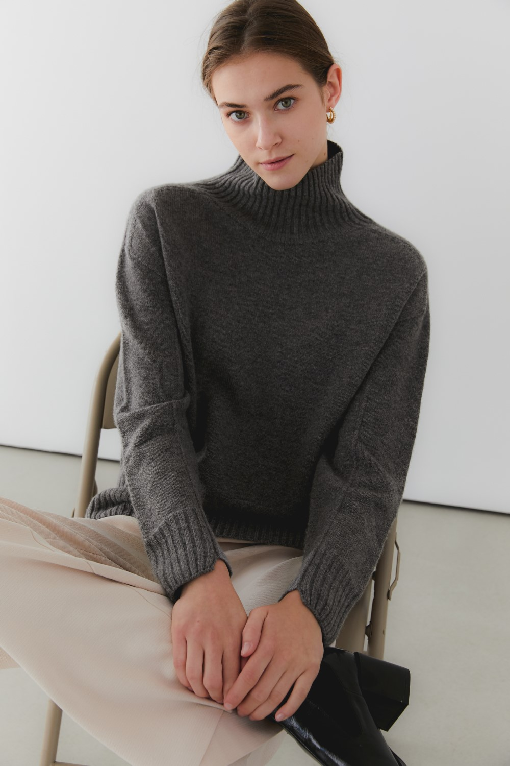 프리미엄 캐시미어 100 풀오버 [Pure cashmere100 whole-garment knitting turtleneck pullover - Warm graybrown]