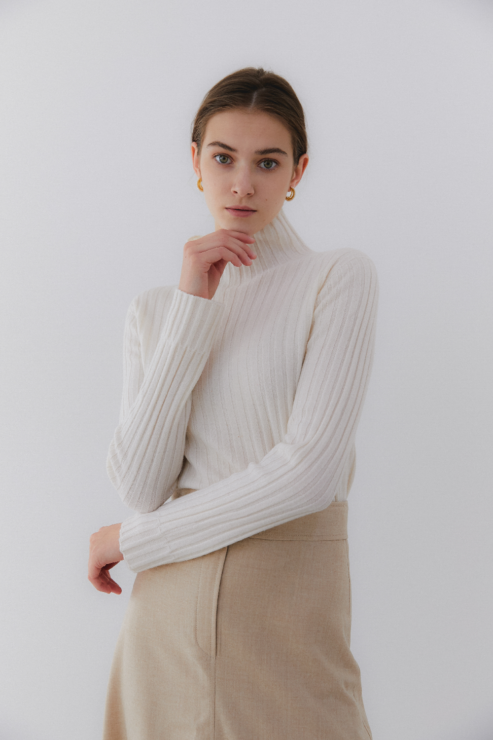 프리미엄 캐시미어 100 골지 스웨터 [Pure cashmere100 ribbed soft-touch sweater by whole-garment knitting - Pearl Ivory]