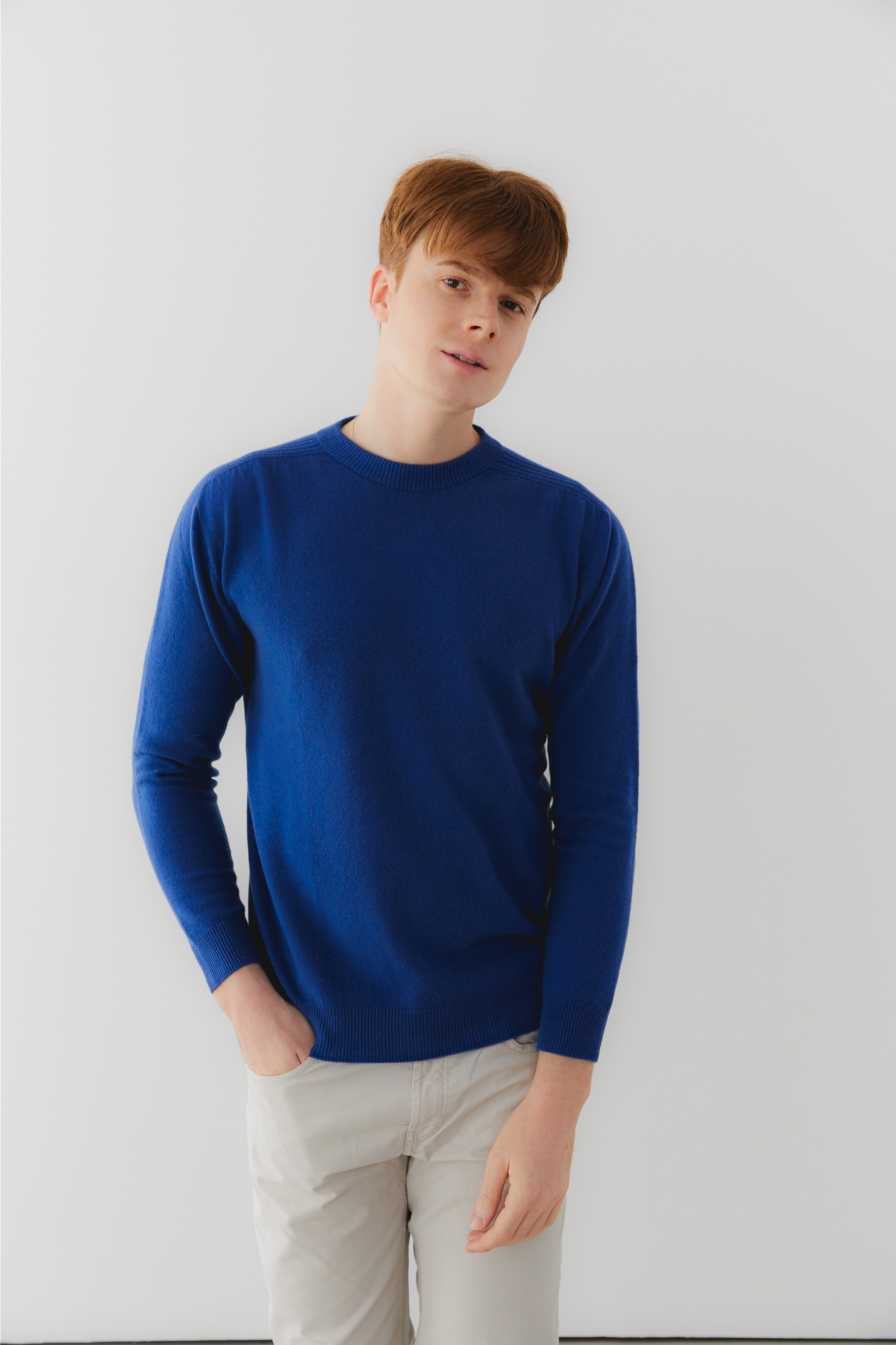 프리미엄 캐시미어 100 남성 라운드넥 스웨터 [Pure cashmere100 whole-garment knitting roundneck pullover - Royal blue]