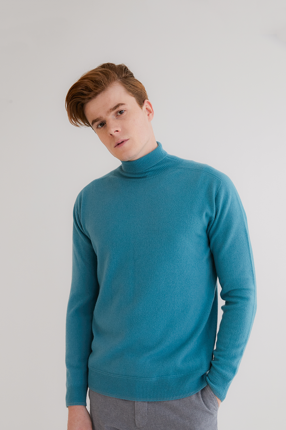 프리미엄 캐시미어100 남성 스웨터 [Pure cashmere100 turtleneck sweater by whole-garment knitting - Turquoise blue]