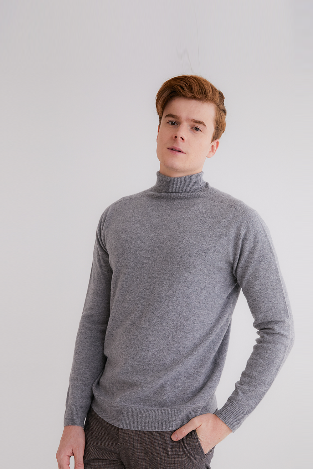 프리미엄 캐시미어 100 남성 스웨터 [Pure cashmere100 turtleneck sweater by whole-garment knitting - Light gray]